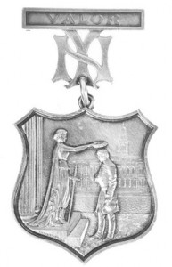La medaglia al valore da cui nasce il logo degli YAnkees