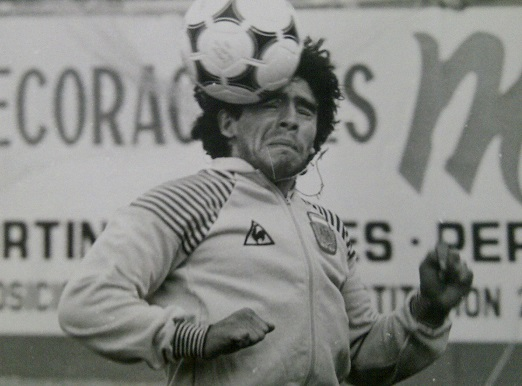 fotografia Maradona allenamento