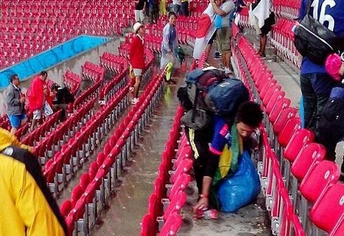 Quando il tifo è pulito: giapponesi negli stadi di Brasile 2014