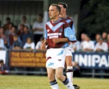 Steve Davies, il tifoso che giocò con la squadra del cuore