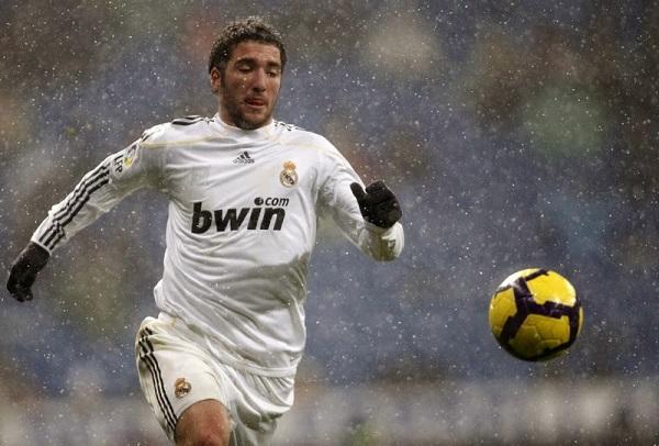 soccer-rain-6