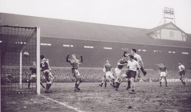 3 febbraio 1960: Tottenham distrugge 13-2 Crewe in FA Cup