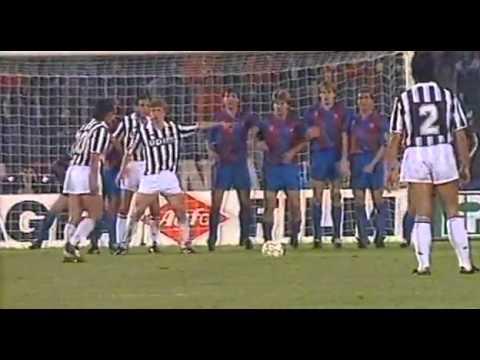Juventus-Barcellona: 1-0 di Baggio nel 1991 non basta