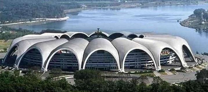 Lo stadio più grande del mondo: Primo Maggio in Nord Corea