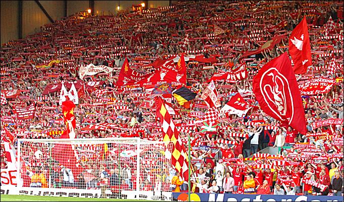 Perchè la curva del Liverpool si chiama Kop