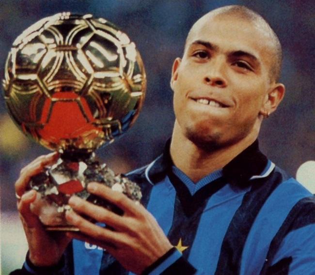 ronaldo-pallone-d-oro-più-giovane
