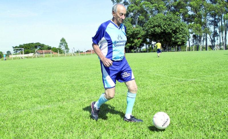 Il calciatore più vecchio del mondo