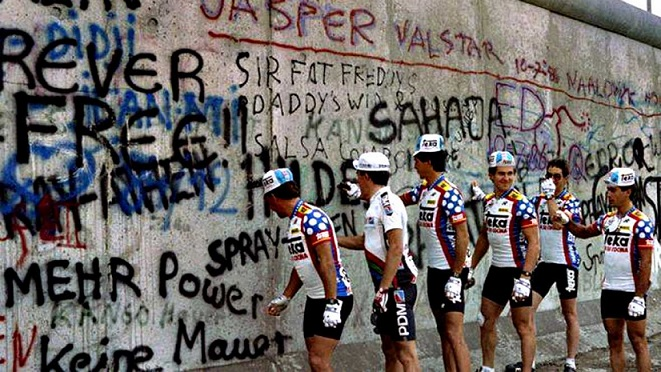 muro-di-berlino-tour-de-france